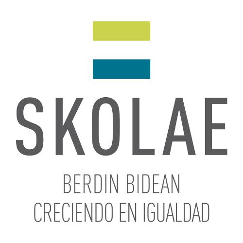 Entrega de la documentación del Programa Skolae a las familias